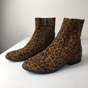 Topshop Leopard Print Leather Booties Size 8